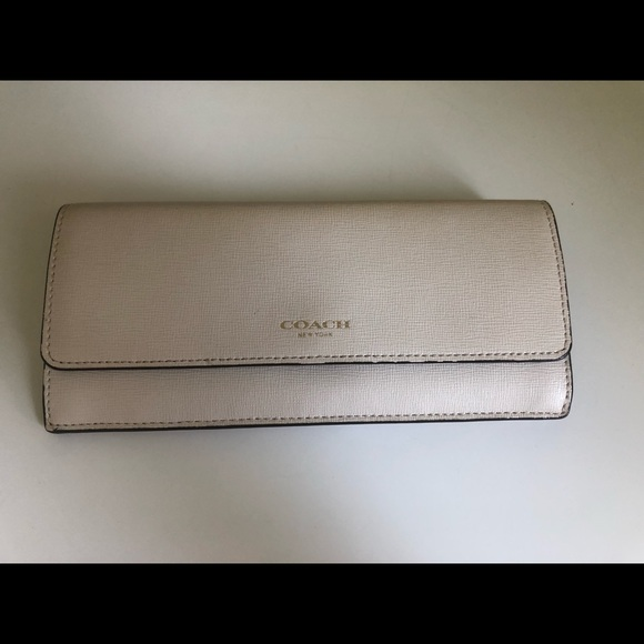 Coach White Leather Snap Wallet
